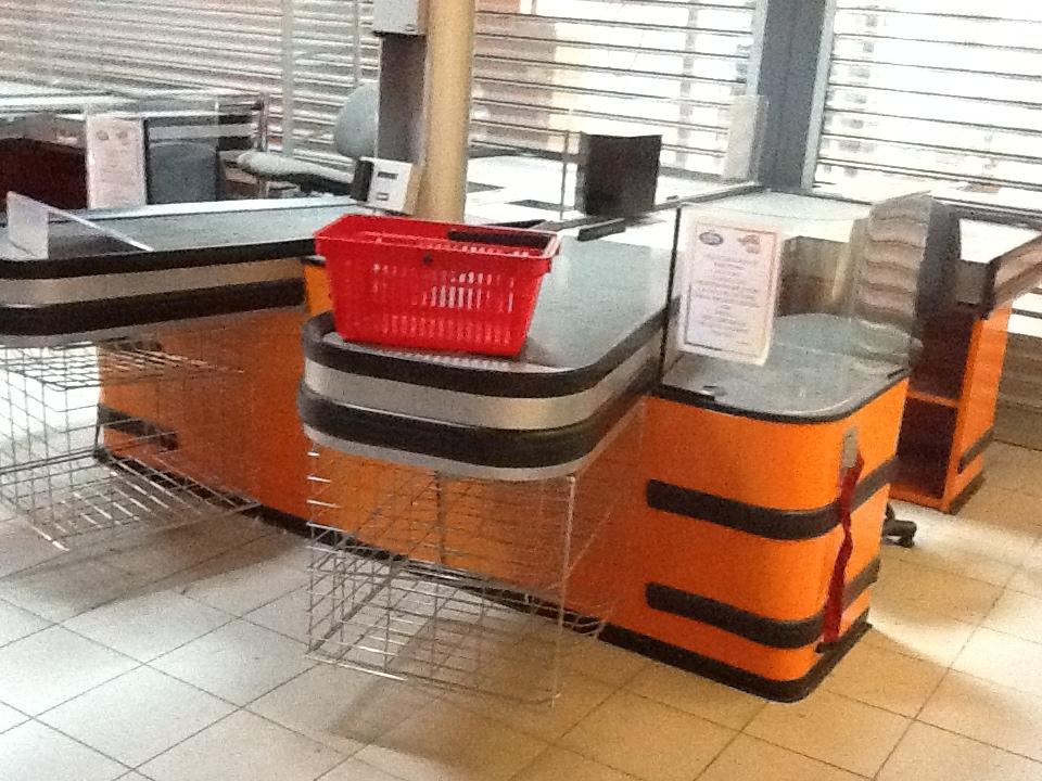 Casse la fortezza usate bifacciali per supermercati a for La fortezza arredamenti commerciali